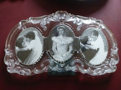 Glass Triple picture frame