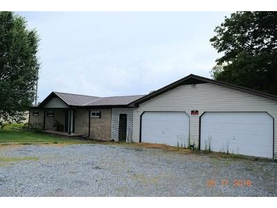 3 Bed 2.0 Bath Foreclosure Property in Mayfield, KY 42066 - State Route 339 S