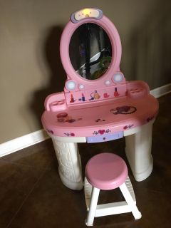 Girl powder table with chair
