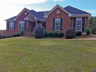 Custom Built Home. Ranch Style. 3Bd/3.5ba in excellent location! Plus