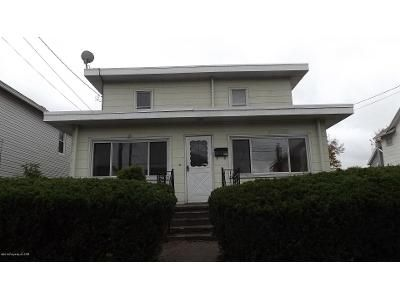 3 Bed 2 Bath Foreclosure Property in Luzerne, PA 18709 - Walnut St