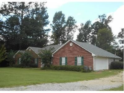 4 Bed 2 Bath Foreclosure Property in Brandon, MS 39042 - Johns Shiloh Rd