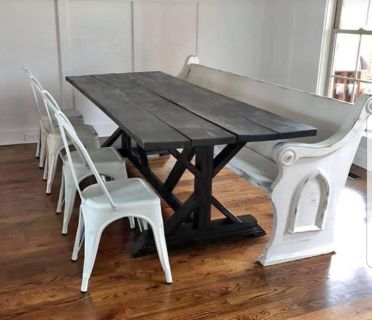 Looking for an old Church Pew