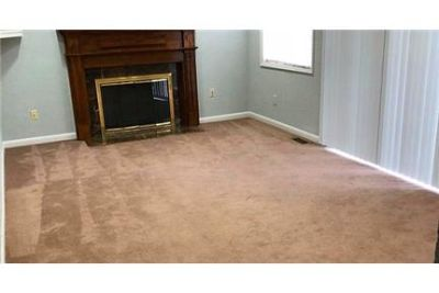4 bedrooms House - Super location inside beltway. Washer/Dryer Hookups!