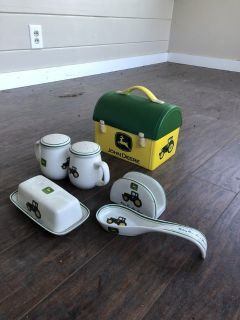 John Deere kitchen set