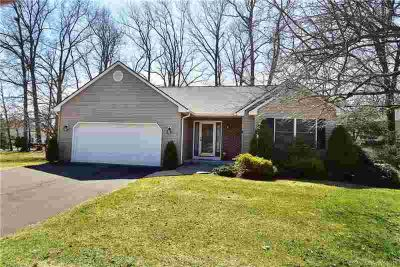 6 Knollwood Circle #6 Enfield Two BR, Welcome to 's highly