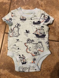 Carter s Brand New Adorable Playsuit Onesie. Perfect Condition. Size 3 Months