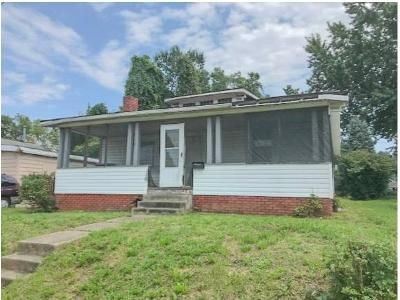 3 Bed 1 Bath Foreclosure Property in Johnson City, TN 37601 - E Fairview Ave