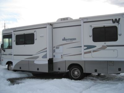 2008 Winnebago Sightseer 29R
