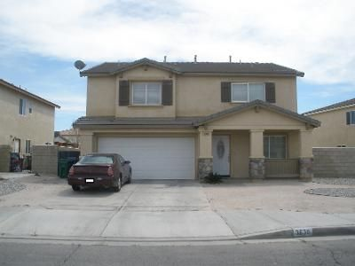 3 Bed 3 Bath Preforeclosure Property in Lancaster, CA 93535 - E Avenue H10