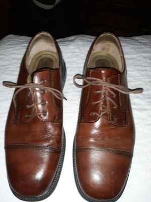 Thom McAn leather dress shoe