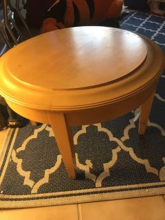 Adorable small round table
