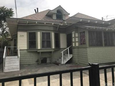 1025 W 20th Street Los Angeles, great investment in