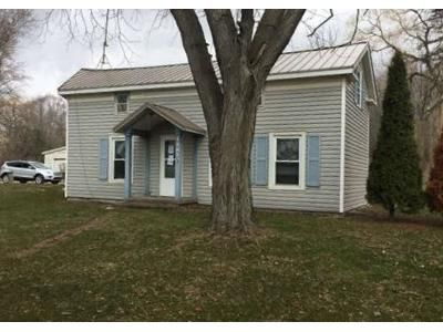 5 Bed 1 Bath Foreclosure Property in Hubbardston, MI 48845 - Stoudt Rd