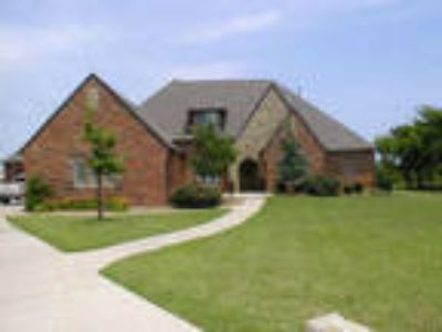 Oklahoma City Five BR, Additional Features Dishwasher,Disposa...
