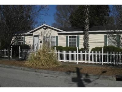 3 Bed 2 Bath Foreclosure Property in Wilmington, NC 28401 - Wright St