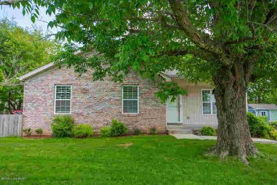 5101 Windy Willow Dr LOUISVILLE Three BR, Welcome home to this