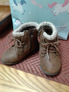 Toddler size 6 boots