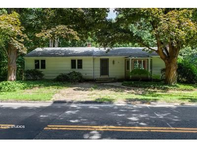 3 Bed 2 Bath Foreclosure Property in Monroe, CT 06468 - Wheeler Rd