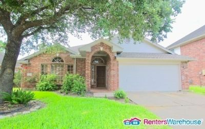 Beautiful 3 bedroom 2 bath in Fresno, TX