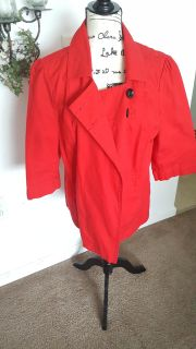 Jacket with mid length sleeves