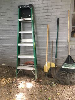 Louisville 6 ladder, two rakes and a shovel!