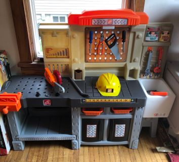 Step 2 black and decker tool bench