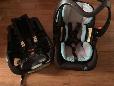 Baby Trend car seat with bases