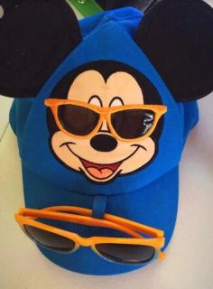 Mickey Mouse Hat And Sunglasses