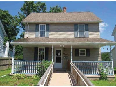 4 Bed 2 Bath Foreclosure Property in Berwick, PA 18603 - 2nd Ave