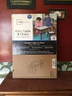 New Children s Activity Table & Chairs Set