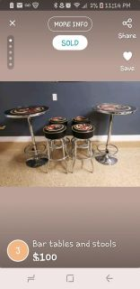 Beutiful 2 bar tables with stools