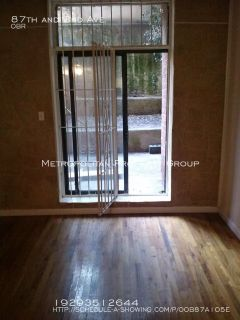 Upper East Side Studio With Large Outdoor Patio , Dogs Allowed