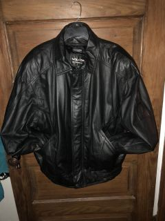 WILSONS Men s Blk Leather Jacket With Zip Out Liner Size L New Condition $45 Must PU In McDonough