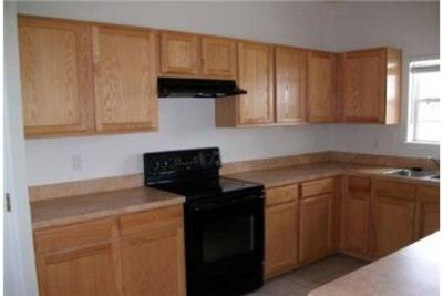 5 bedrooms Apartment - Spacious PARK 2 story house. Will Consider!