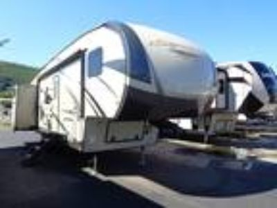 2019 Forest River Rockwood Signature Ultra Lite 8301WS