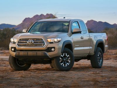 2017 Toyota Tacoma (Magnetic Gray Metallic)