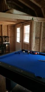8 FT Pool Table this is not a slat