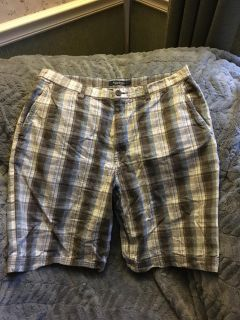 Sonoma Mens Shorts Size 34 Plaid with Tan, Brown, White & Blue Colors