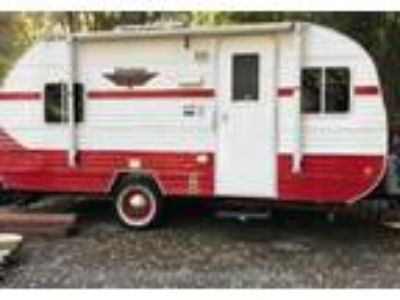2017 Riverside Retro Travel Trailer in Royal Oaks, CA