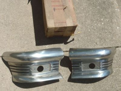 Buy NOS FORD 1950 GRILLE EXTENSION SIDES PR RARE 50 CUSTOM ENDS PARK LAMP CHROME motorcycle in Salem, Iowa, United States, for US $349.95