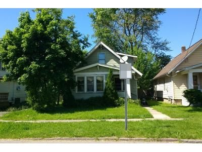 3 Bed 2 Bath Preforeclosure Property in Niagara Falls, NY 14305 - Michigan Ave