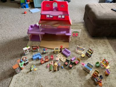 Fisher Price Loving Family Doll House and Furniture