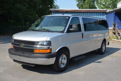 2014 Chevrolet Express 3500 LS 3500 (Silver Ice Metallic)