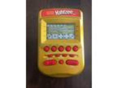 Yahtzee Handheld Electronic Game 2002 Hasbro GOLD / RED