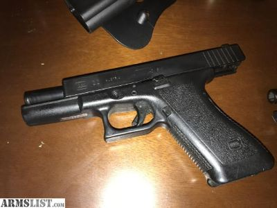 For Sale: Glock G22