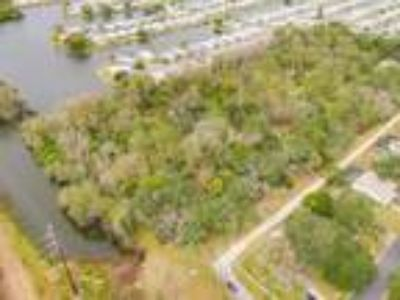 Land for Sale by owner in Holiday, FL