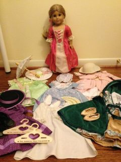 American Girl Doll - Elizabeth (Felicity's best friend), dresses, and accessories