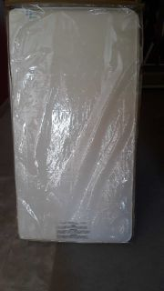 LIKE NEW Sealy Premier Posture Dual sided crib and toddler bed mattress