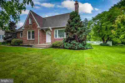 754 Fishburn Rd HERSHEY Two BR, This all brick Derry Township